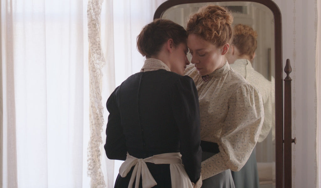 Best Lesbian Scary Movies and Thrillers to Watch Lizzie