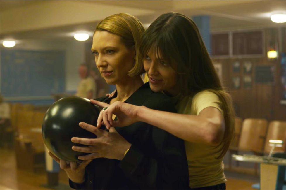 Best Lesbian Scary Movies and Thrillers to Watch Mindhunters