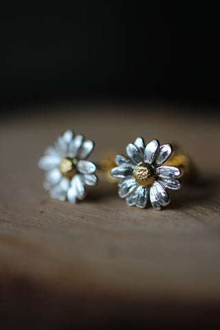 Alex Monroe Daisy Stud Earrings