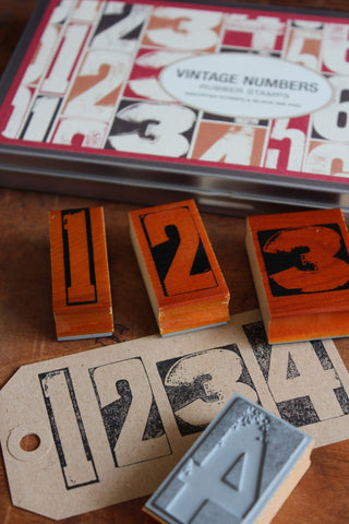 RUBBER STAMP SET - VINTAGE NUMBERS