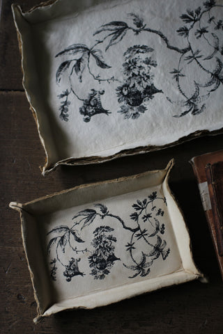 Decorative paper trays