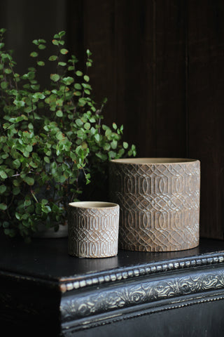 Evron Flower pot with pattern