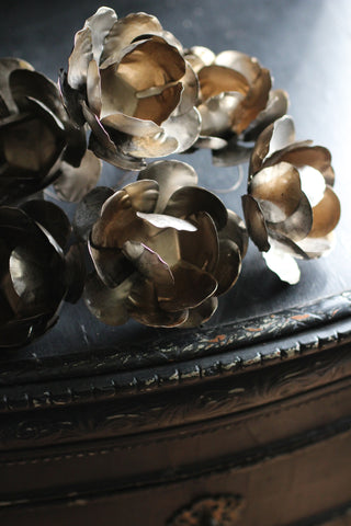 Metal flower bundle silver