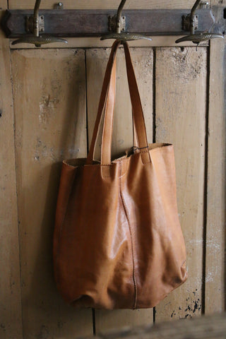 Large tote leather bag