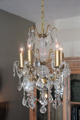 ANTIQUED GOLD 5 ARM CHANDELIER