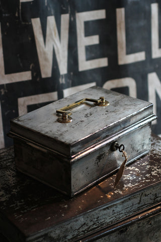 Vintage Cash Box - with key