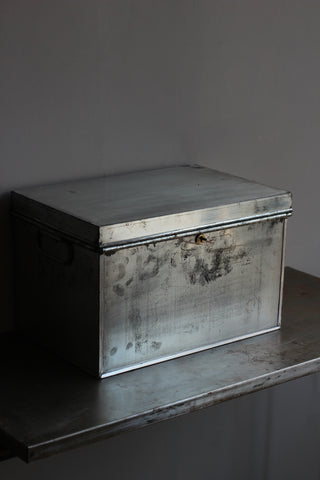 Vintage Deed Box (with key) B