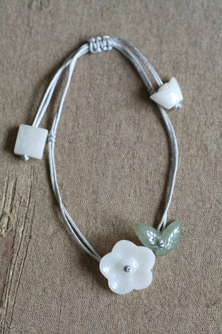 JADE FLOWER AND LEAF BRACELET