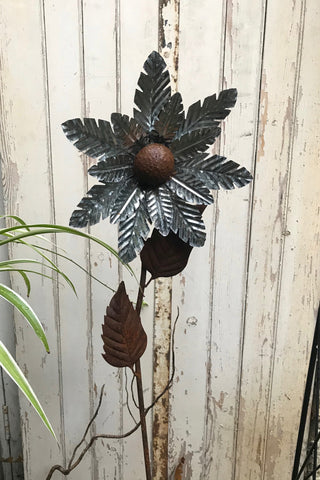Iron & Tin Flower Stake