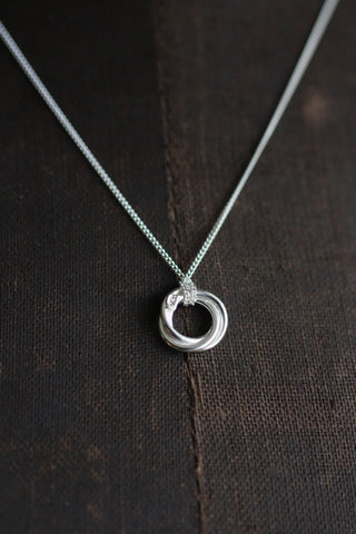Silver bonds of friendship Necklace