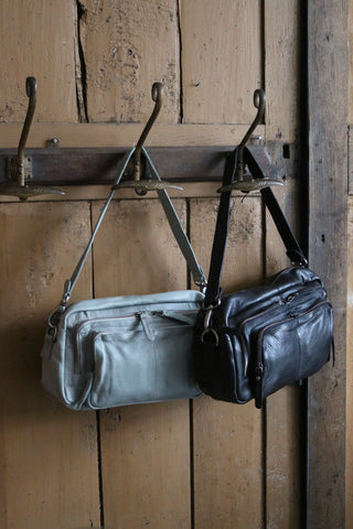 Rock Zipped Bag