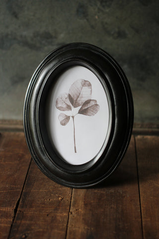 Black Resin Oval Frame
