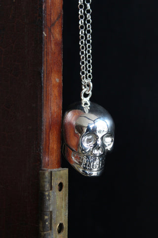 Silver Plated Singing Skull Necklace