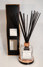 Load image into Gallery viewer, A Pâtissiere's Delight Reed Diffuser