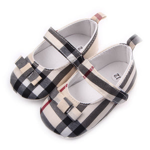 Little girl top classy designer shoes