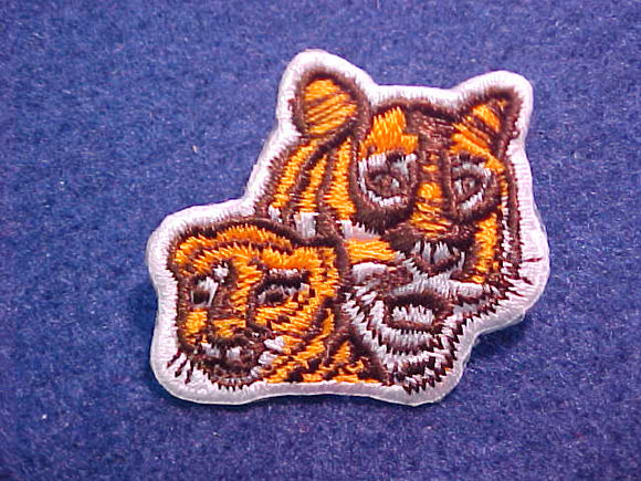 PIN, TIGER CUBS, EMBROIDERED WITH PIN ON BACK