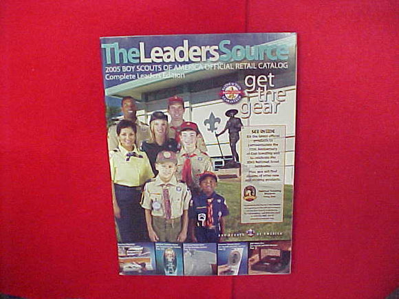 2005 BOY SCOUTS OF AMERICA OFFICIAL RETAIL CATALOG,COMPLETE LEADERS EDITION,8.5 X 11,134 PAGES