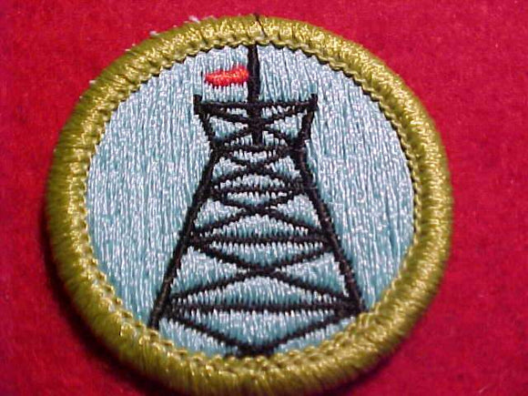 PIONEERING, MERIT BADGE WITH CLEAR PLASTIC BACK, GREEN BORDER, NO IMPRINTS/LOGOS IN PLASTIC, 1972-2002