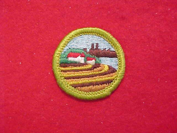 SOIL & WATER CONSERVATION (HORIZONTAL ROWS), MERIT BADGE WITH CLOTH BACK, GREEN BORDER, 1970-72
