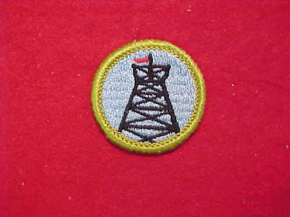 PIONEERING, MERIT BADGE WITH CLOTH BACK, GREEN BORDER, 1969-72