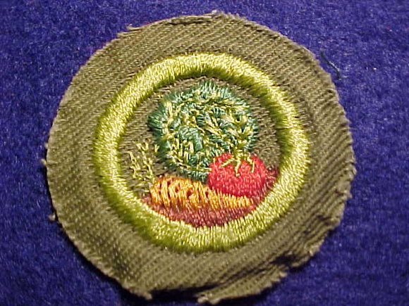 GARDENING MERIT BADGE, CRIMPED EDGE, KHAKI, ISSUED 1946-1960