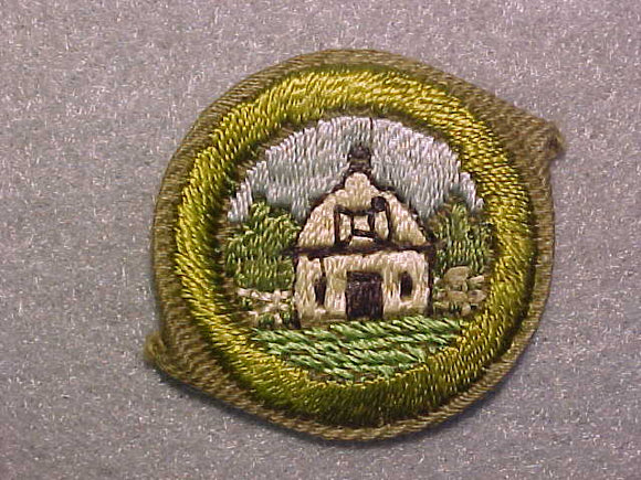 FARM LAYOUT AND BUILDING ARRANGEMENT, MERIT BADGE WITH CRIMPED EDGE, TAN, ISSUED 1936-45