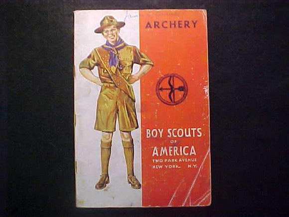 ARCHERY MERIT BADGE BOOK, TYPE 4 COVER, COPYRIGHT 1941, FAIR COND.