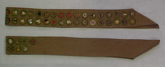 MERIT BADGE SASH, 1930'S, 41 MERIT BADGES, FRONT AND BACK OF SASH