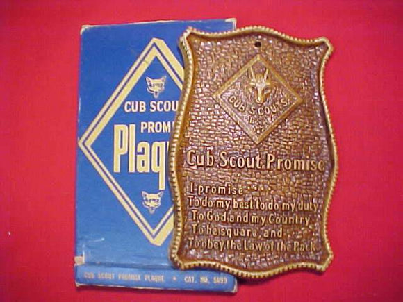 CUB SCOUT PROMISE PLAQUE, SYRROCO, 1950'S, MINT IN ORIG. BOX