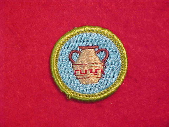 POTTERY, MERIT BADGE WITH CLOTH BACK, GREEN BORDER, 1969-72 ISSUE
