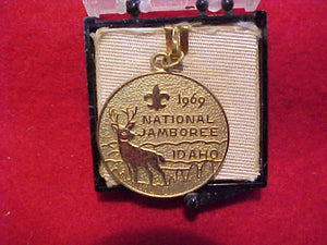 1969 NJ CHARM, GOLD COLOR WITH BOX