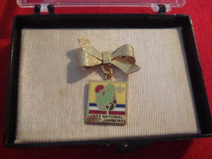 73 NJ ladies' pin, bow emblem, mint in original box