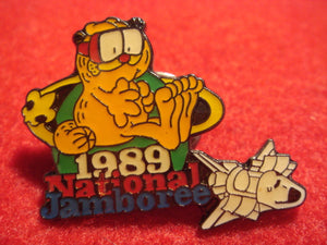 89 NJ Garfield with mask pin