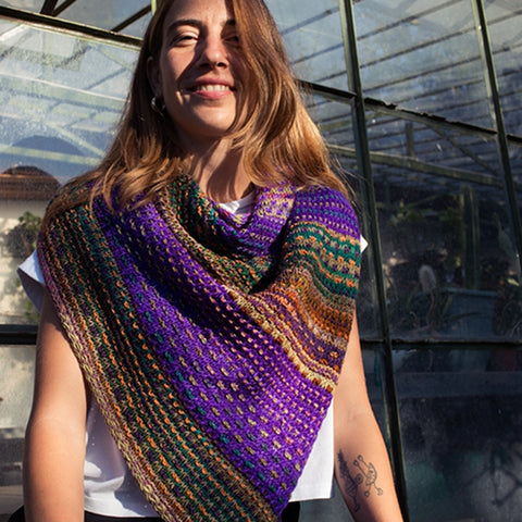 andrea mowry nightshift shawl knitting kit with urth monokrom and uneek worsted