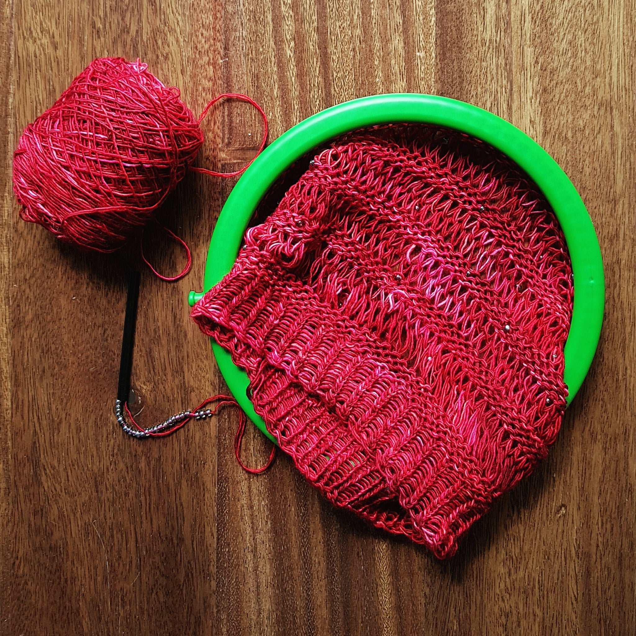 Loom Knitting Pattern with Beads, Hat and Cowl - Yarn ...