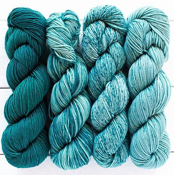 urth yarns merino gradient kit teal & turquoise