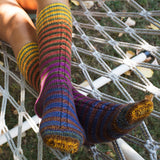 free sock knitting pattern single cable sock urth yarns uneek sock kit