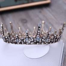 Load image into Gallery viewer, Dreamy Royal Vintage Crown