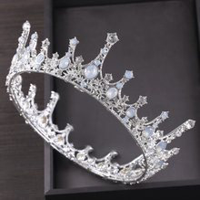 Load image into Gallery viewer, Exquisite Royal Vintage Silver Crown