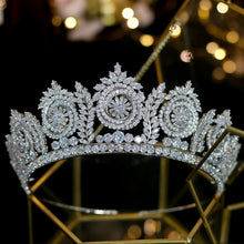 Load image into Gallery viewer, Regal Rose Sparkling Diadem