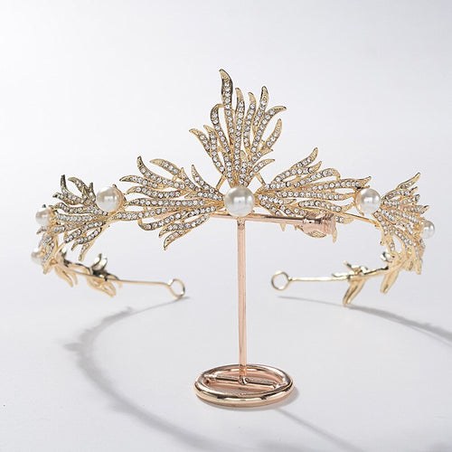 Admirable Gold Flapper Girl Tiara