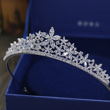 Load image into Gallery viewer, Abloom Crystal Wedding Tiara