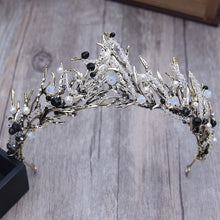 Load image into Gallery viewer, Distinguished Black & White Tiara