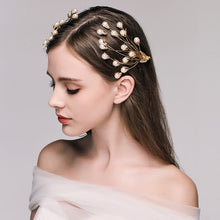 Load image into Gallery viewer, Quaint Bewitching Pearl Hair Pins