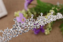 Load image into Gallery viewer, Humble Dainty Bridal Tiara