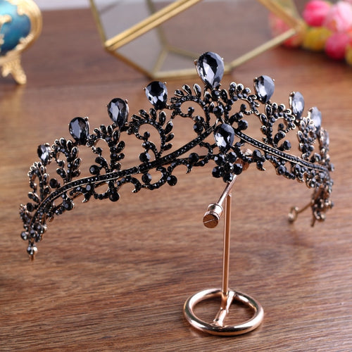Effortless Queenly Black Diadem