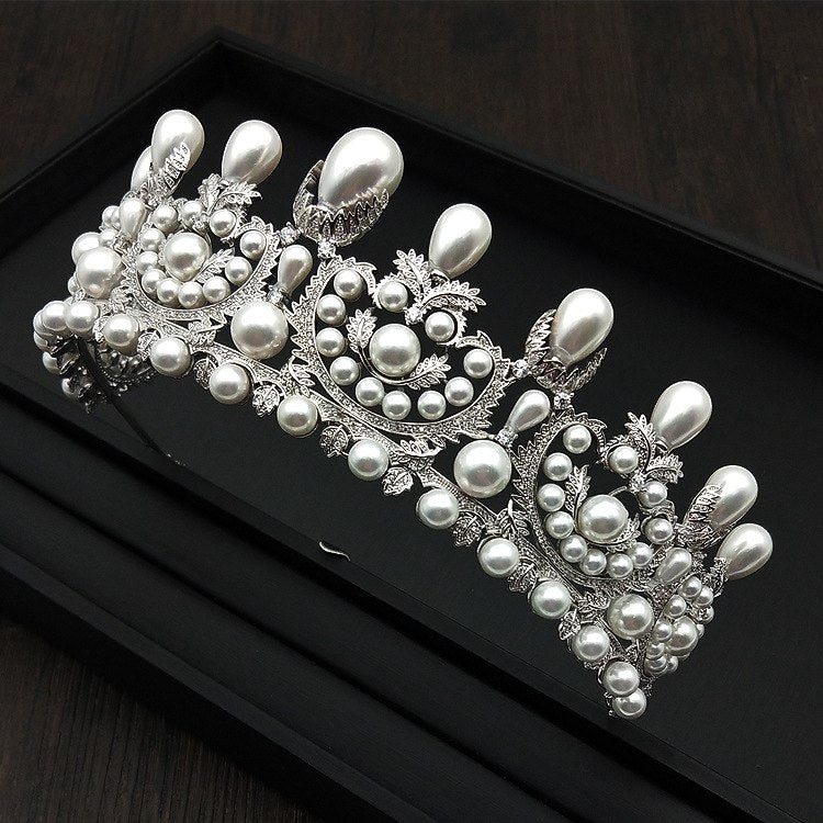 Special Stunning Pearl Tiara