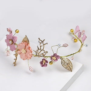 Thrilling Decorative Floral Headband