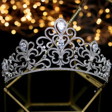 Load image into Gallery viewer, Smart Sparkling Bridal Crown