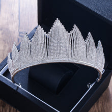 Load image into Gallery viewer, Luxurious Rhinestone Queenly Tiara